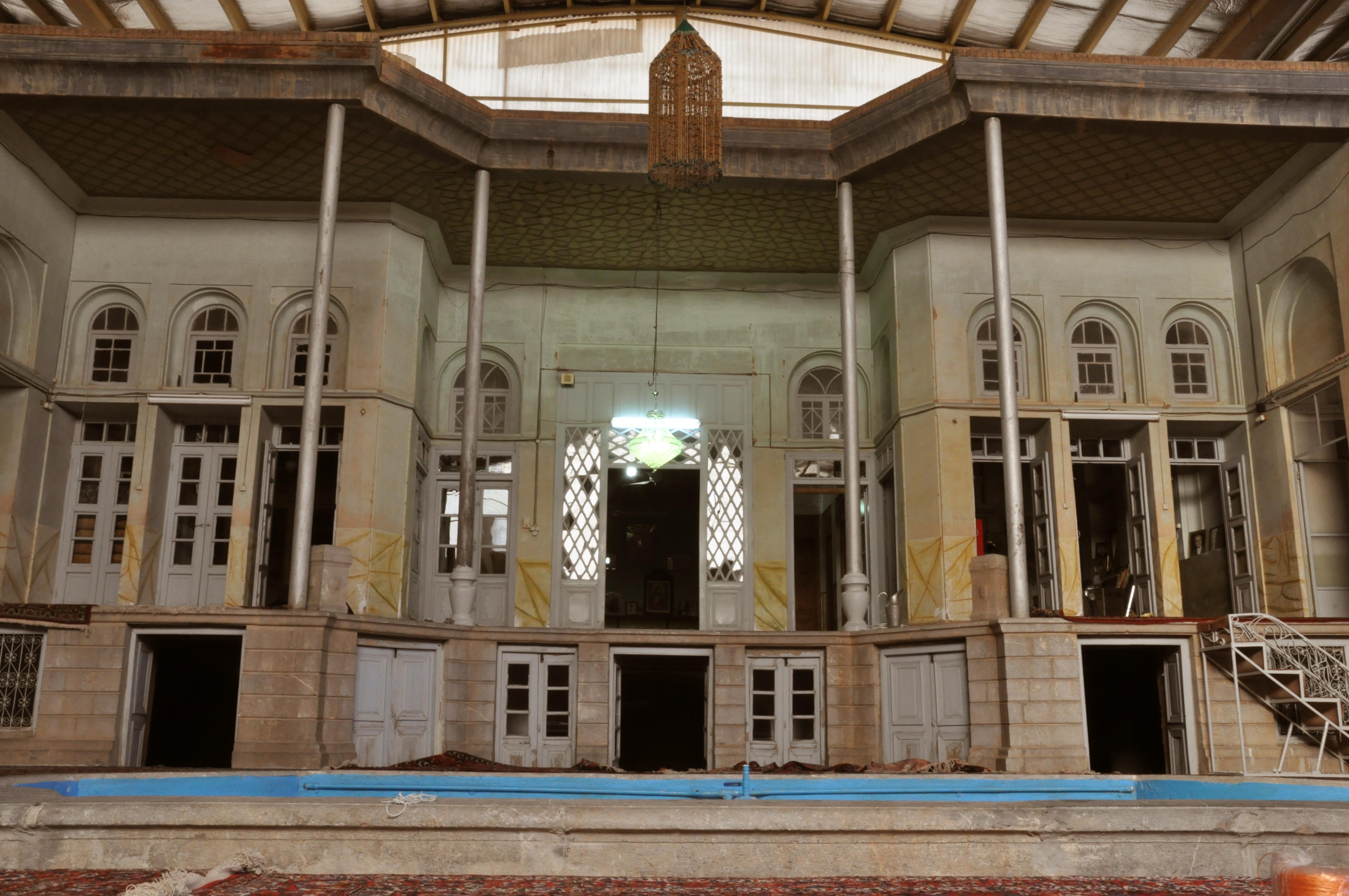آثار تاریخی نجف آباد + تصاویر