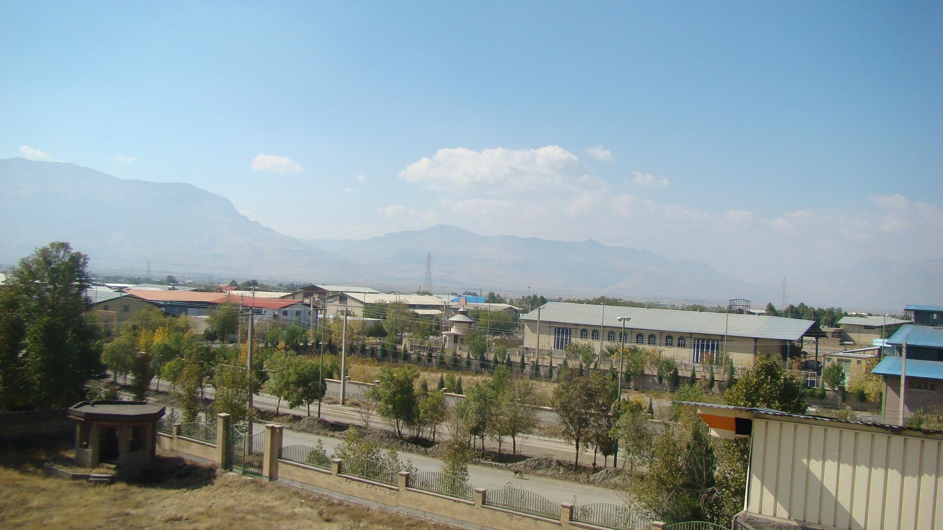 بهره برداری از شبکه داخلی گاز شهرک صنعتی نجف آباد۲