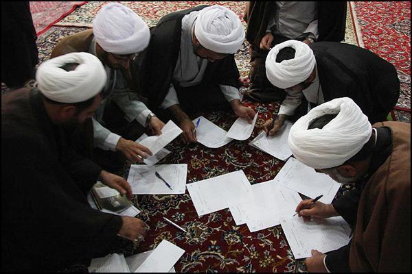 همزمان در نجف آباد،چهارمین دوره المپیاد حوزه علمیه قم برگزار شد