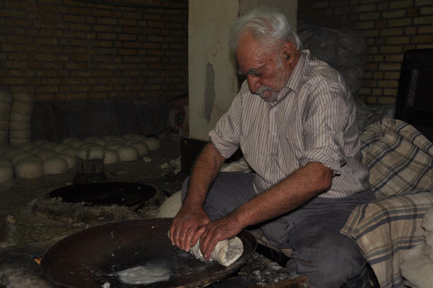 خطر فراموشی هنر اصیل کلاه مالی نجف آباد را تهدید می کند
