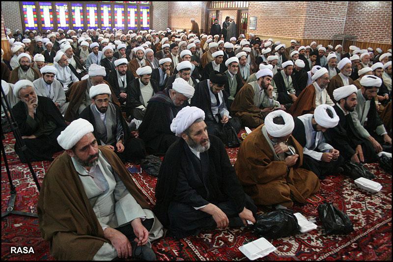 برگزاری جلسه مشترک  ائمه جماعات و اعضای هیات امناء مساجد نجف آباد