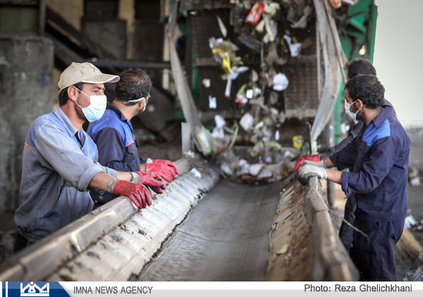 گزارش تصویری از مراحل بازیافت زباله در نجف آباد