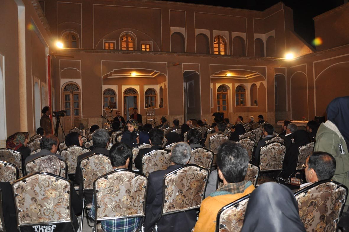 در نوروز امسال صورت گرفت:  بازدید روزانه دویست نفر از اولین خانه تاریخی بازسازی شده نجف آباد