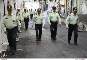 نیروی انتظامی ساخت تجهیزات «پلیس سیار» در نجف آباد ساخت تجهیزات «پلیس سیار» در نجف آباد                           300x205
