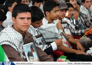 دبیرستان آیت الله منتظری نجف آباد دبیرستانی در نجف آباد با 234 شهید دبیرستانی در نجف آباد با 234  شهید                               2 300x211