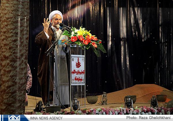 امام جمعه نجف آباد: برگزاری اجلاسیه شهدا  وظیفه نجف آباد را سنگین تر کرده است