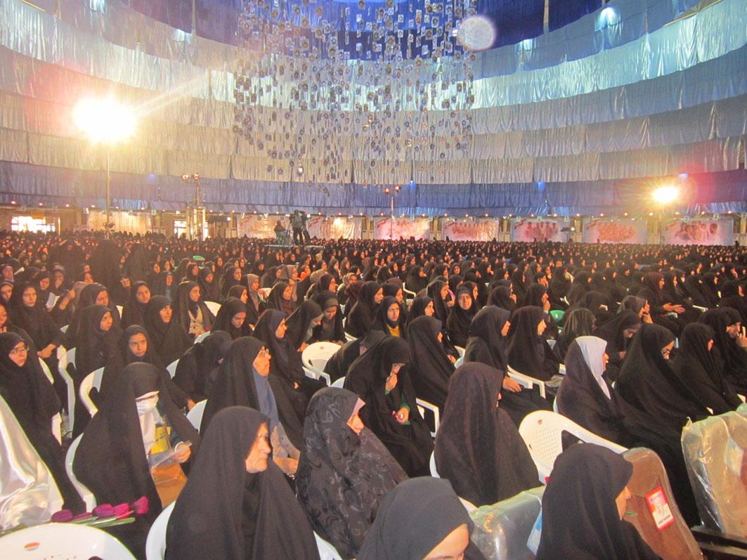 آغاز دومین روز اجلاسیه ملی شهدا با حضور بیش ۴۵۰۰ نفر از بانوان+ گزارش تصویری