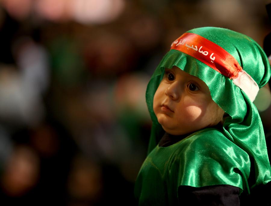 تصاویر زیبایی از حضور چشمگیر کودکان در پیادهروی اربعین
