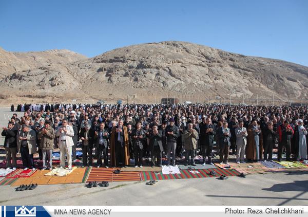 گزارش تصویری از اقامه دومین نماز باران نجف آباد در یک ماه اخیر