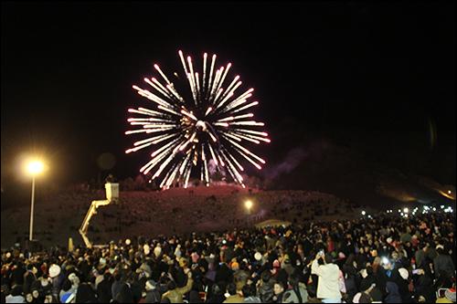 جشن بزرگ انقلاب- مراسم تکبیر گویی و نورافشانی