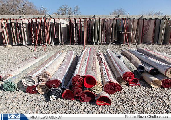 روزهای شلوغ قالیشویی ها در نجف آباد