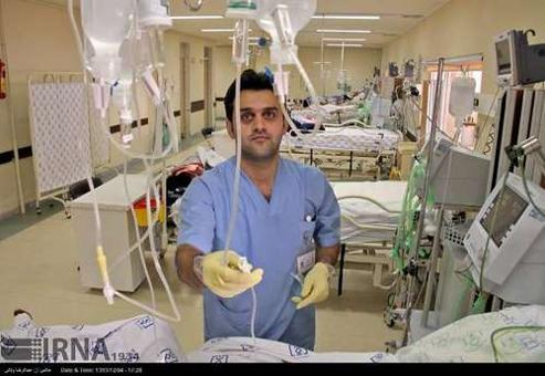 نجف آباد کمتر از ۴۰ پرستار مرد دارد