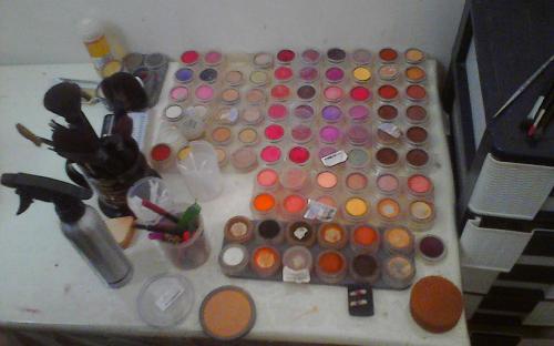 مهر و موم آرایشگاه زنانه متخلف در نجف آباد