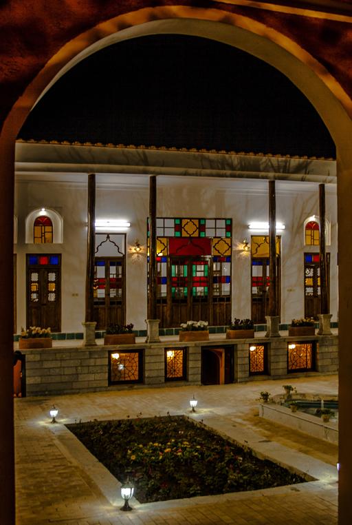 خانه تاریخی مهرپرور و عصارخانه در نجف آباد+ فیلم