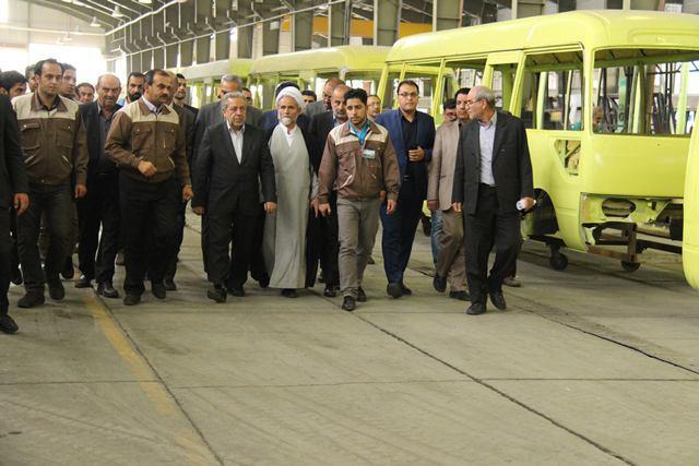 افتتاح اولین خط تولید اتوبوسهای فرودگاهی خاور میانه در نجف آباد+تصاویر