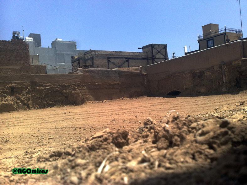 تخریب یک اثر تاریخی دیگر در نجف آباد تخریب یک اثر تاریخی دیگر در نجف آباد تخریب یک اثر تاریخی دیگر در نجف آباد                    2