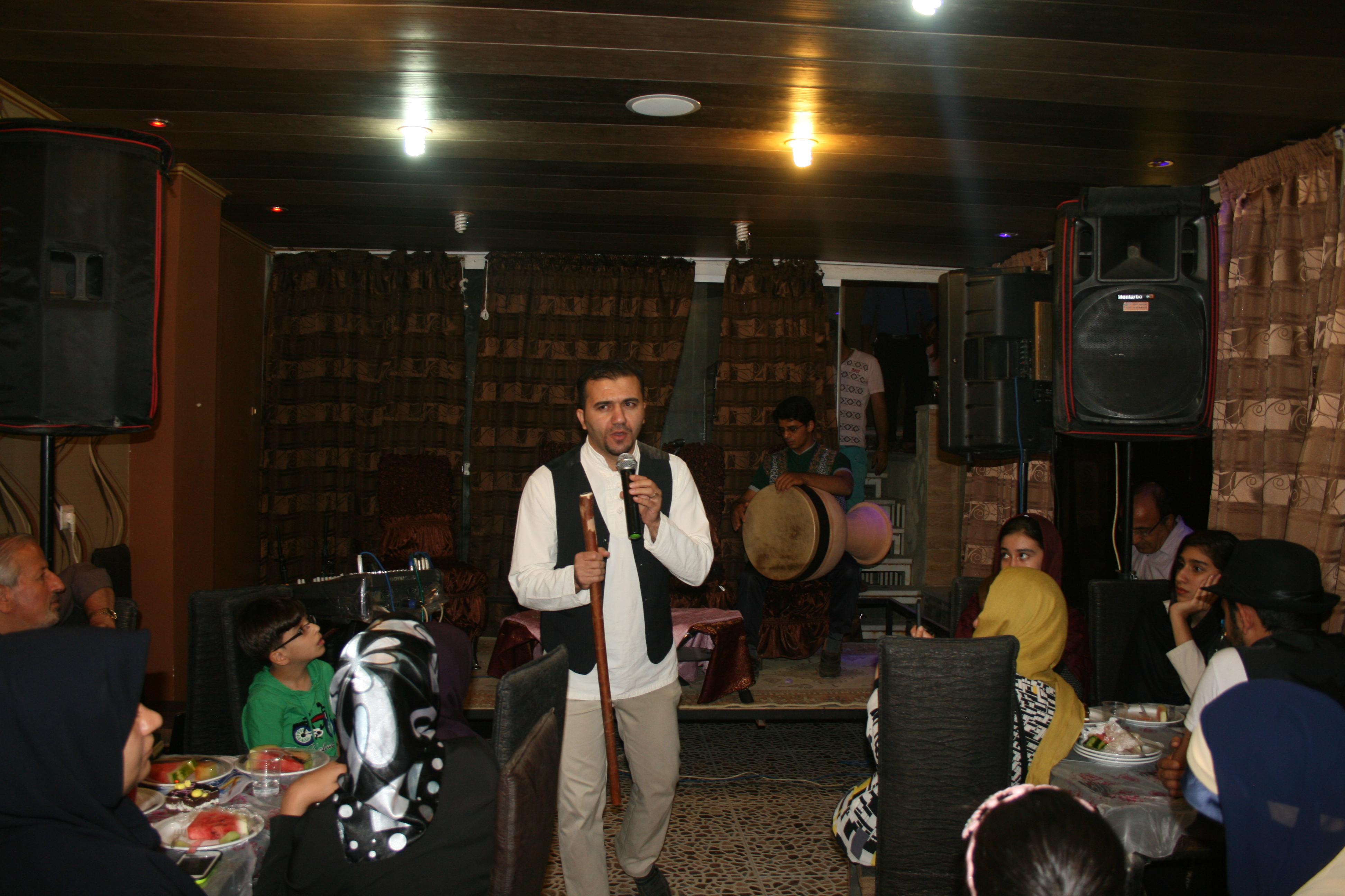 انجمن همدلی هنرمندان نجف آباد یک ساله شد انجمن همدلی هنرمندان نجف آباد یک ساله شد انجمن همدلی هنرمندان نجف آباد یک ساله شد                                       1