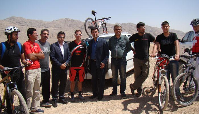 بازدید مربی تیم ملی دوچرخه سواری از پیست نجف آباد بازدید مربی تیم ملی دوچرخه سواری از پیست نجف آباد بازدید مربی تیم ملی دوچرخه سواری از پیست نجف آباد