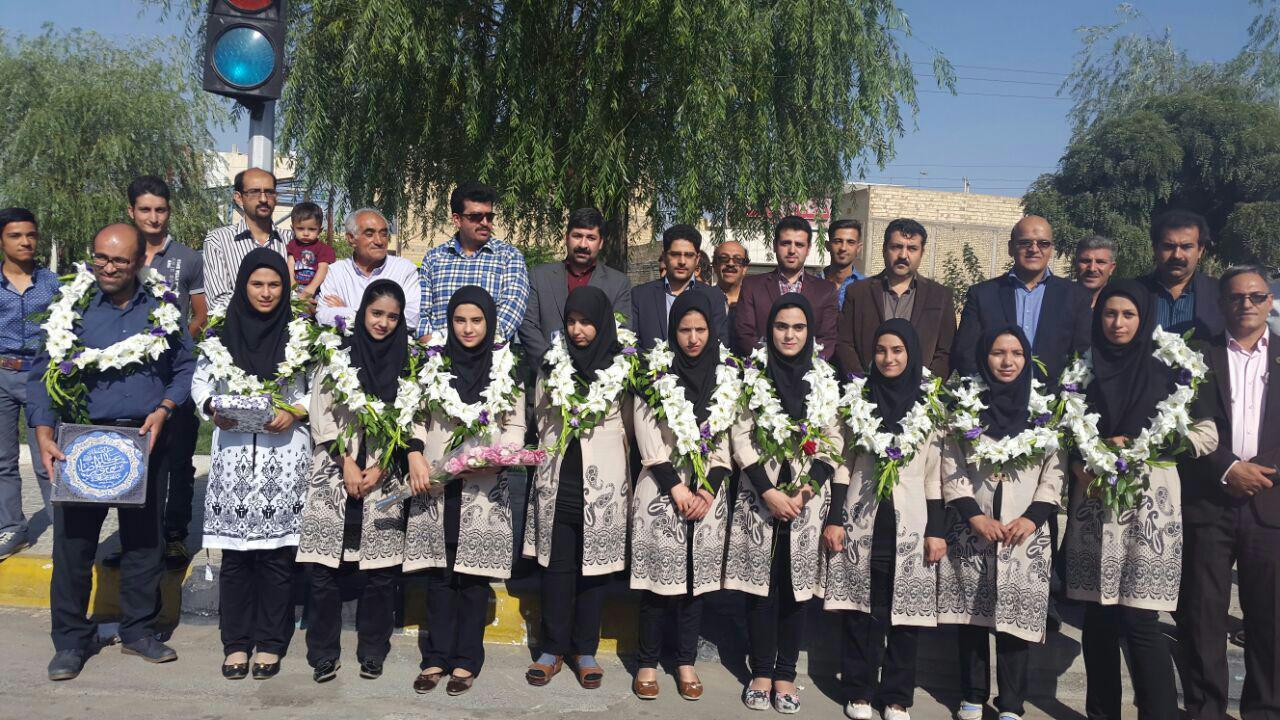 استقبال از درخشش گروه سرود «آوای دل» در نجف آباد+ تصاویر استقبال از درخشش گروه سرود «آوای دل» در نجف آباد+ تصاویر استقبال از درخشش گروه سرود «آوای دل» در نجف آباد+ تصاویر