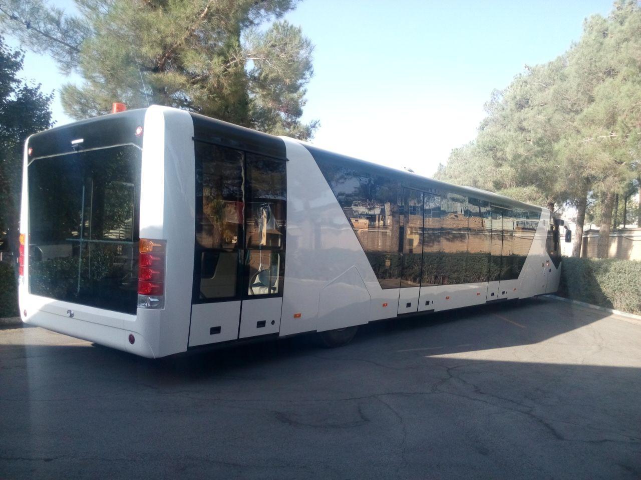 دومین اتوبوس فرودگاهی «پیشرو دیزل» آماده شد