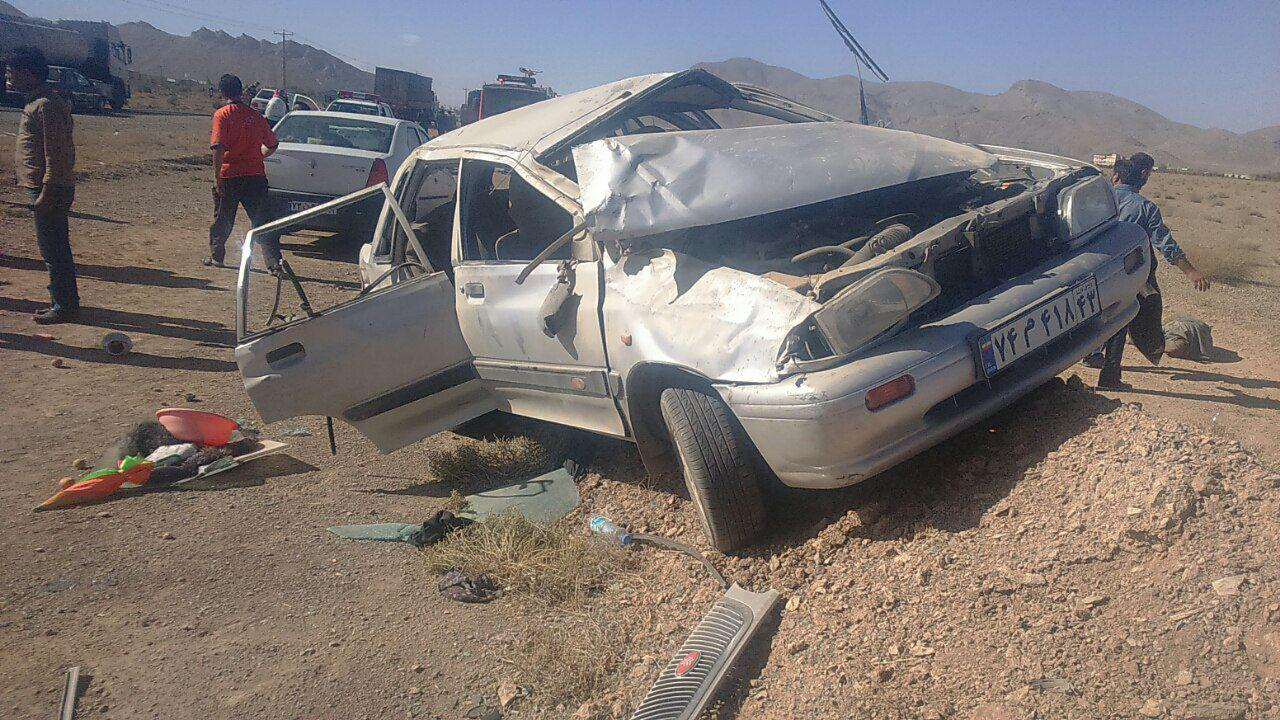 واژگونی پراید در نجف آباد با پنج کشته و زخمی
