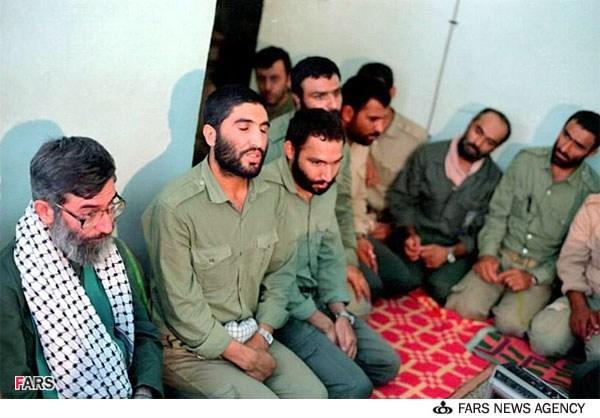 نظر رهبر معظم انقلاب در مورد شهید حججی+فیلم  نظر رهبر معظم انقلاب در مورد شهید حججی+فیلم                                                           8