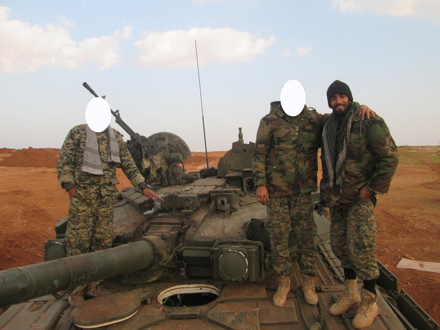 جدیدترین تصاویر «محسن حججی» در سوریه+ گزارش تصویری جدیدترین تصاویر «محسن حججی» در سوریه+ گزارش تصویری جدیدترین تصاویر «محسن حججی» در سوریه+ گزارش تصویری                                                7