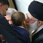 دیدار خانواده شهید حججی با رهبر انقلاب+ تصاویر دیدار خانواده شهید حججی با رهبر انقلاب+ تصاویر                                                                        15 150x150