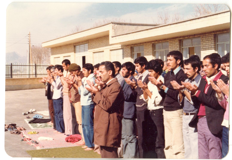 بازدید شهید رجایی از دانشگاه تربیت معلم شهید آیت نجف آباد+ تصاویر