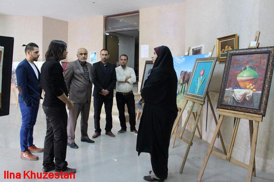 نمایشگاه هنرمند نجف آبادی در بندر امام+تصاویر