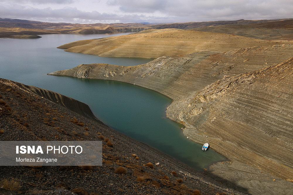 خالی شدن سد زاینده رود آخرین تصاویر از خالی شدن سد زاینده رود+تصاویر آخرین تصاویر از خالی شدن سد زاینده رود+تصاویر                                          24