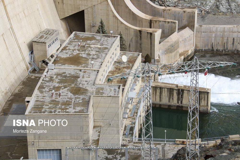 خالی شدن سد زاینده رود آخرین تصاویر از خالی شدن سد زاینده رود+تصاویر آخرین تصاویر از خالی شدن سد زاینده رود+تصاویر                                          25