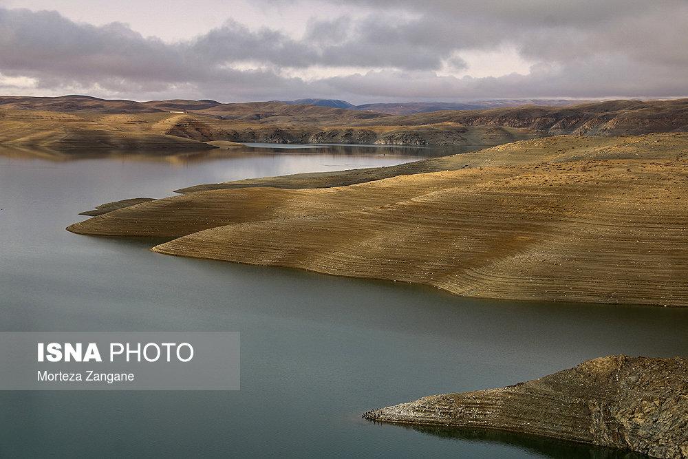 خالی شدن سد زاینده رود آخرین تصاویر از خالی شدن سد زاینده رود+تصاویر آخرین تصاویر از خالی شدن سد زاینده رود+تصاویر                                          5