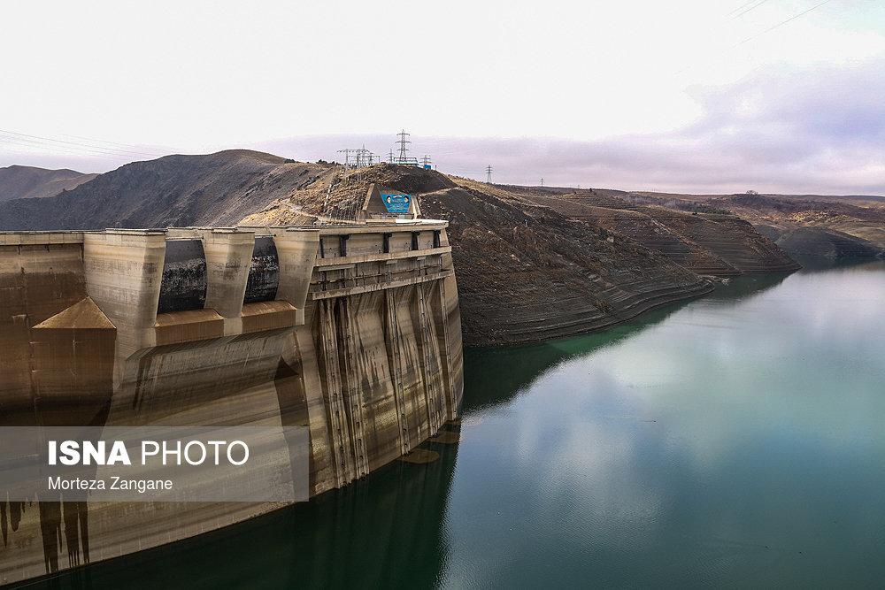 خالی شدن سد زاینده رود آخرین تصاویر از خالی شدن سد زاینده رود+تصاویر آخرین تصاویر از خالی شدن سد زاینده رود+تصاویر                                          9