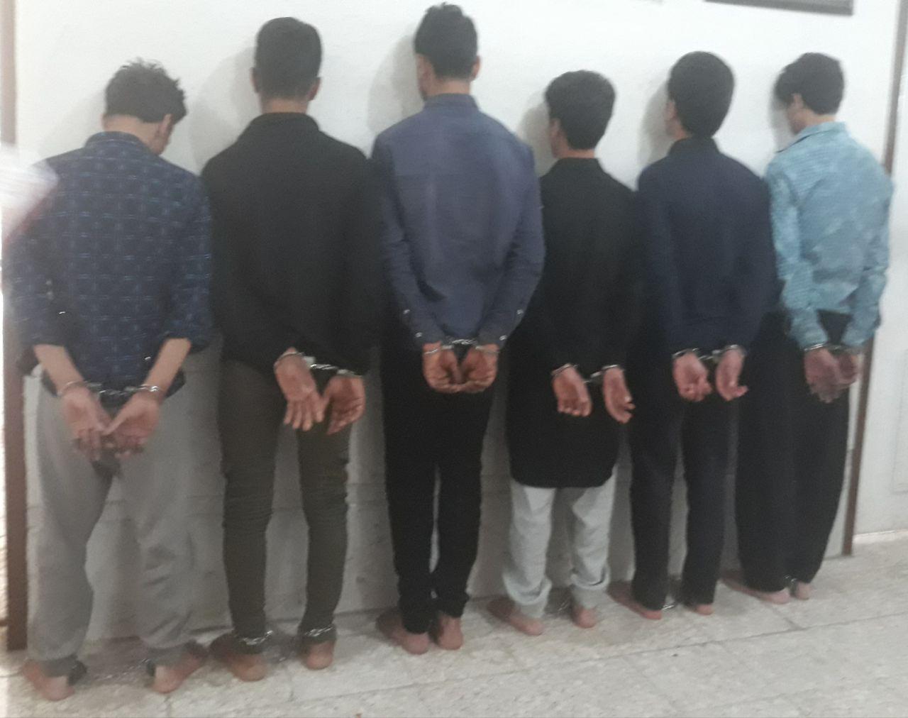 دستگیری باند سارقان مسلح در نجف آباد دستگیری باند سارقان مسلح در نجف آباد دستگیری باند سارقان مسلح در نجف آباد