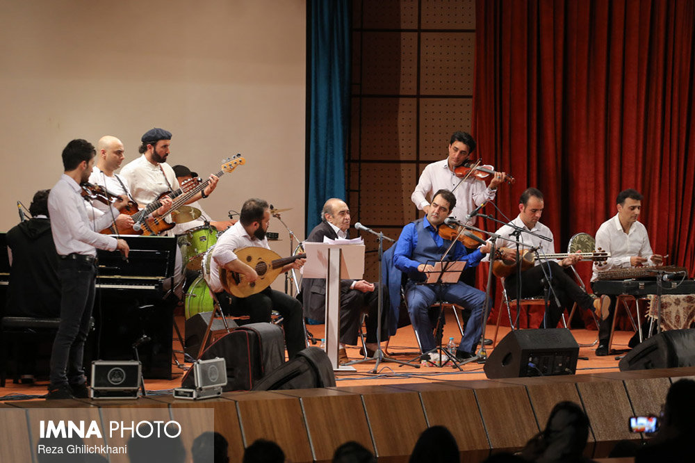 کنسرت ایرج در گلدشت برگزاری کنسرت ایرج در گلدشت+ تصاویر برگزاری کنسرت ایرج در گلدشت+ تصاویر                                     1
