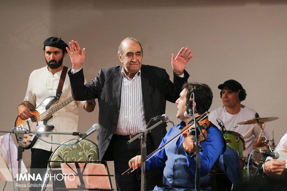برگزاری کنسرت ایرج در گلدشت+ تصاویر