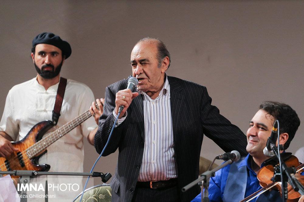 کنسرت ایرج در گلدشت برگزاری کنسرت ایرج در گلدشت+ تصاویر برگزاری کنسرت ایرج در گلدشت+ تصاویر                                     6