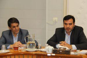 فرماندار نجف آباد کشف و ضبط کشف و ضبط ۲۲هزار لیتر سوخت قاچاق در نجف آباد                                                      300x200