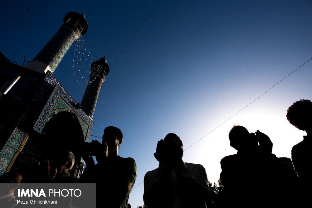 نماز عید فطر در نجف آباد نماز عید فطر نجف آباد+تصاویر نماز عید فطر نجف آباد+تصاویر                                             12