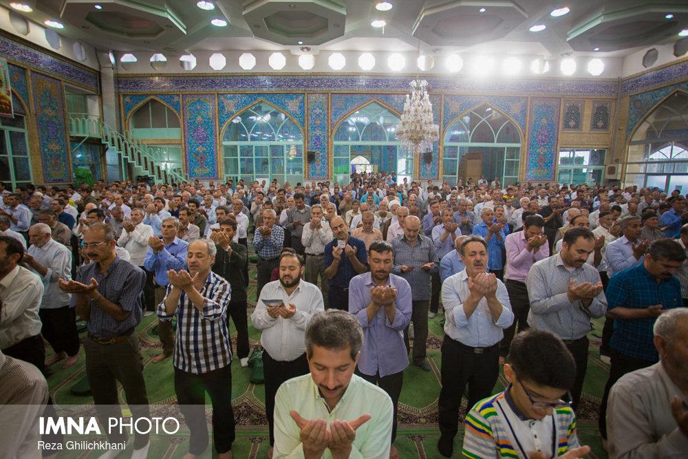 نماز عید فطر در نجف آباد نماز عید فطر نجف آباد+تصاویر نماز عید فطر نجف آباد+تصاویر                                             16