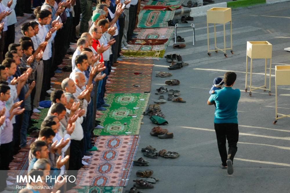 نماز عید فطر در نجف آباد نماز عید فطر نجف آباد+تصاویر نماز عید فطر نجف آباد+تصاویر                                             5