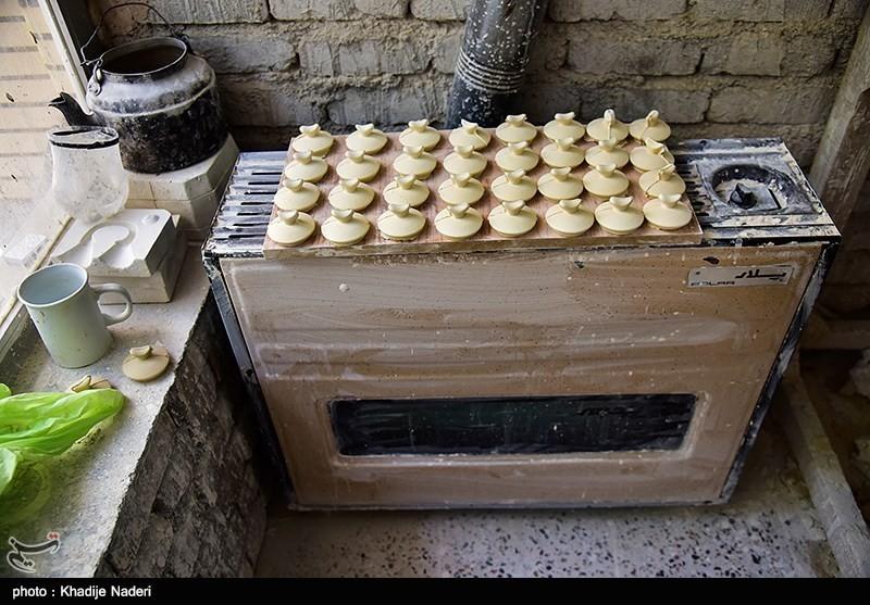 کارگاه تولید قوری در روستای علی آباد زازران کارگاه قوری سازی+تصاویر کارگاه قوری سازی+تصاویر                                                                                 10
