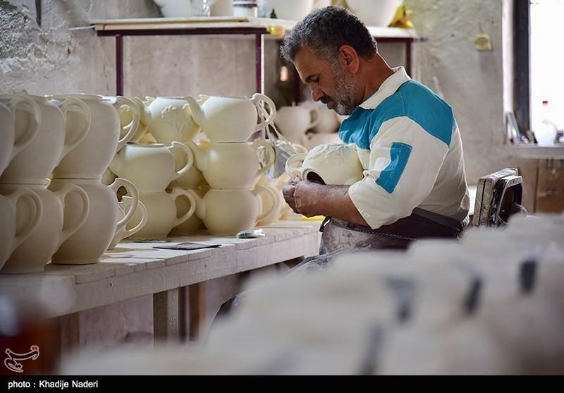 کارگاه تولید قوری در روستای علی آباد زازران کارگاه قوری سازی+تصاویر کارگاه قوری سازی+تصاویر                                                                                 15
