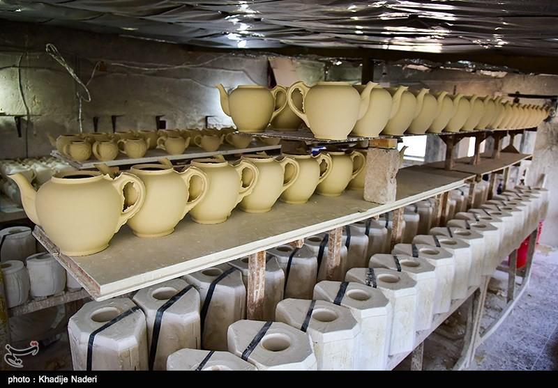 کارگاه تولید قوری در روستای علی آباد زازران کارگاه قوری سازی+تصاویر کارگاه قوری سازی+تصاویر                                                                                 18