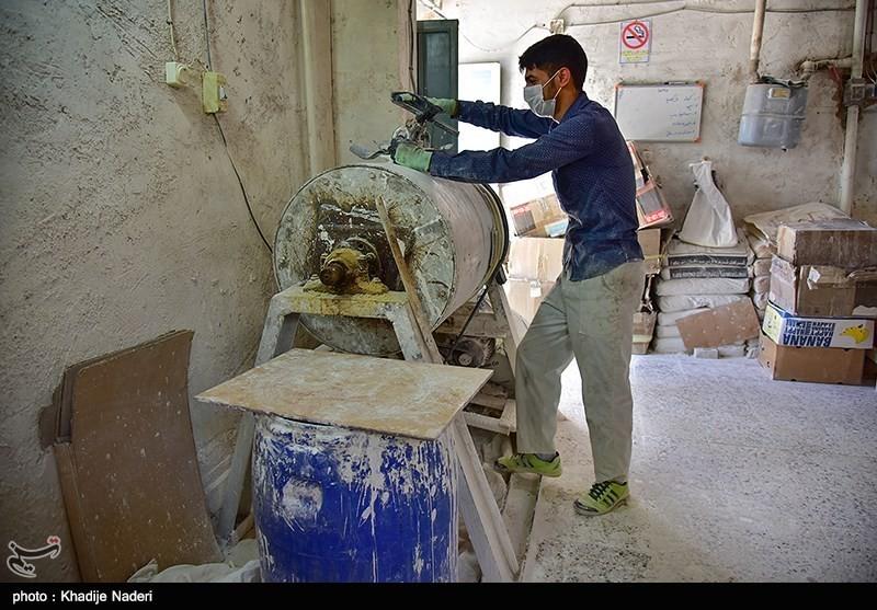 کارگاه تولید قوری در روستای علی آباد زازران کارگاه قوری سازی+تصاویر کارگاه قوری سازی+تصاویر                                                                                 2