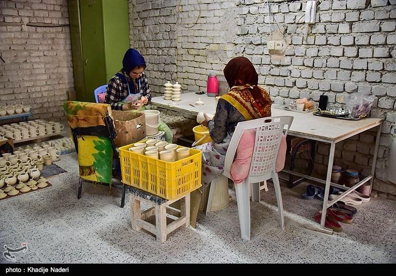 کارگاه تولید قوری در روستای علی آباد زازران کارگاه قوری سازی+تصاویر کارگاه قوری سازی+تصاویر                                                                                 22