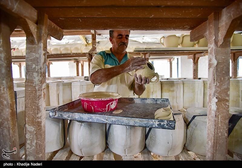 کارگاه تولید قوری در روستای علی آباد زازران کارگاه قوری سازی+تصاویر کارگاه قوری سازی+تصاویر                                                                                 5