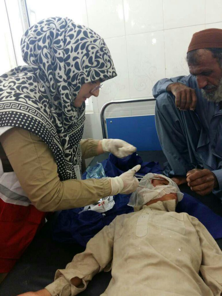 اردوی جهادی هلال احمر نجف آباد در سیستان هجرت متخصصان نجف آباد به سیستان+تصاویر هجرت متخصصان نجف آباد به سیستان+تصاویر                                                           2 768x1024