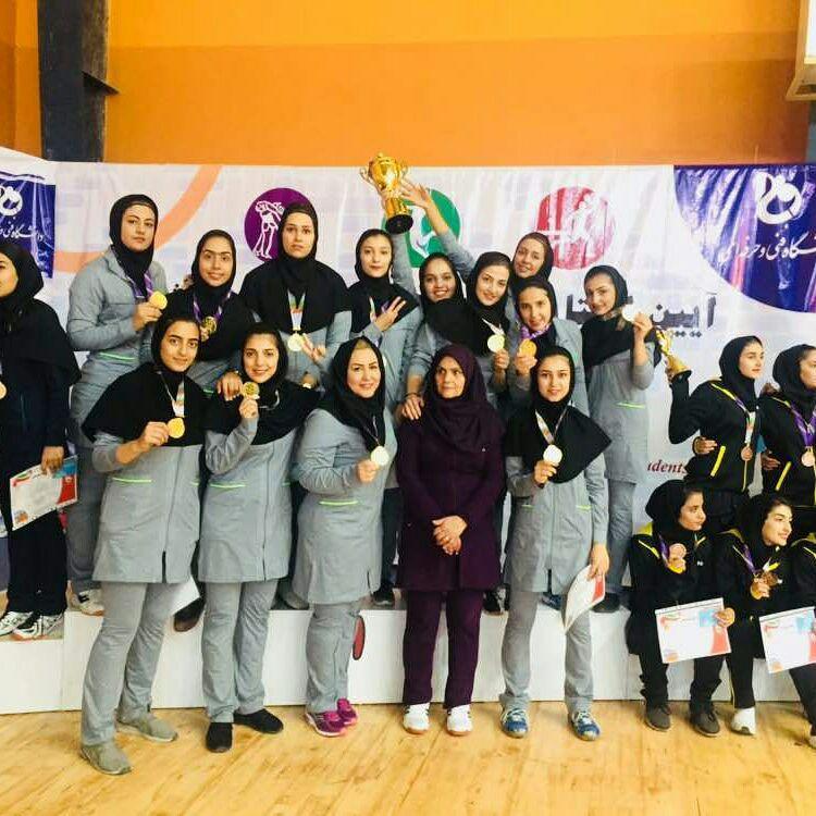 قهرمانی سمیه نجف آباد در والیبال کشور+تصویر